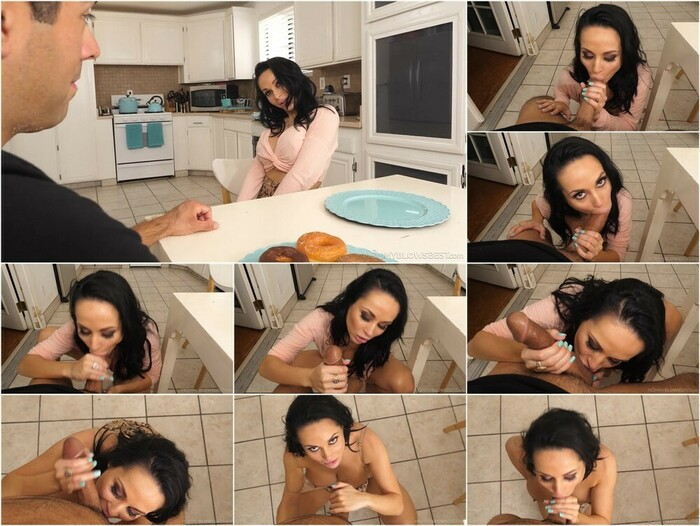 Mommy Blows Best – Crystal Rush