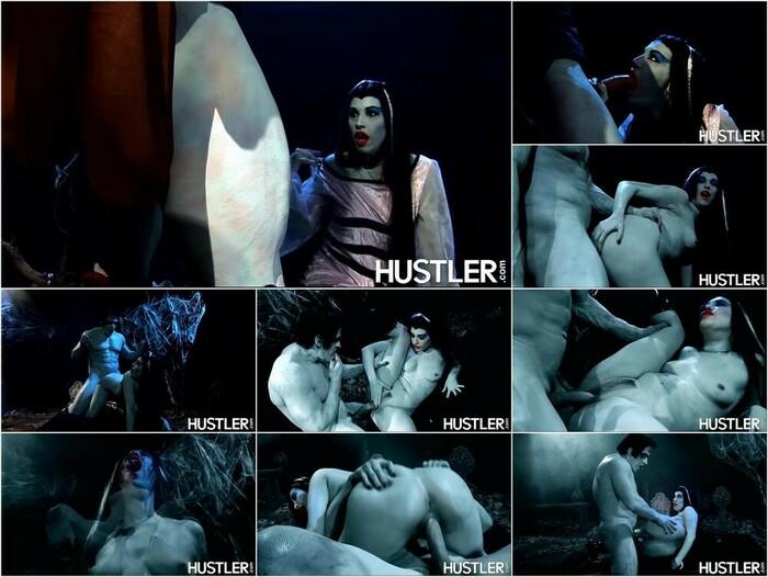 Hustler – Roxy Deville