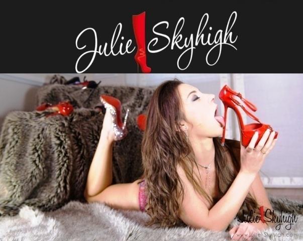 Julie-Skyhigh.com / Julie Skyhigh – SITERIP