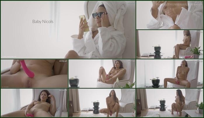 Frolic Me – Baby Nicols