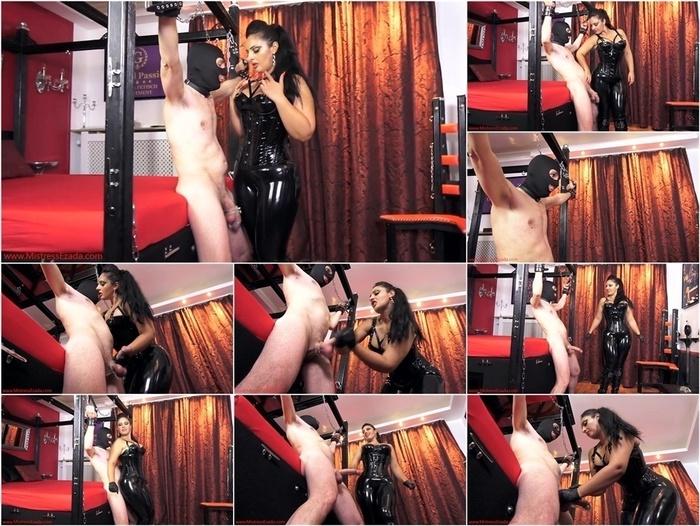Mistress Ezada Sinn in Denied between My thighs