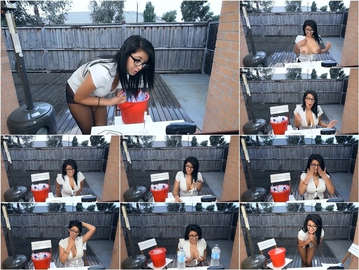 ManyVids presents livecleo live webcam ice bucket squirt big tits