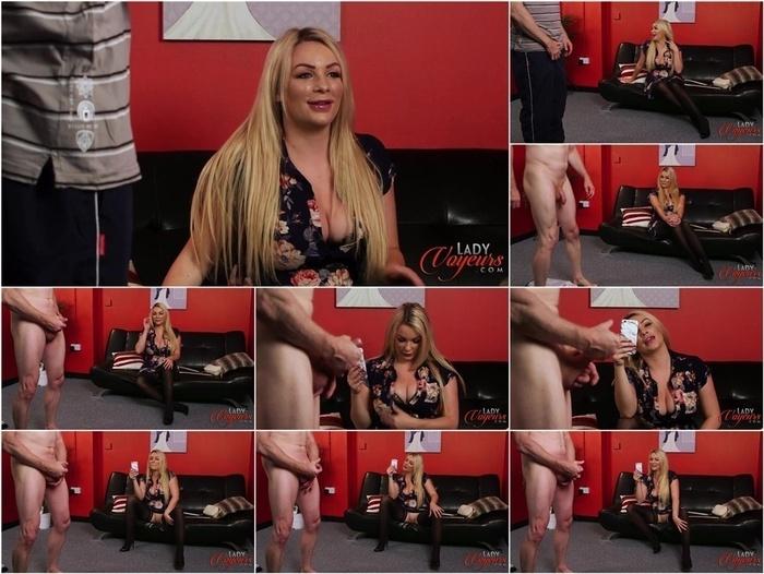 LadyVoyeurs presents 19 02 20 penny lee addicted to watching