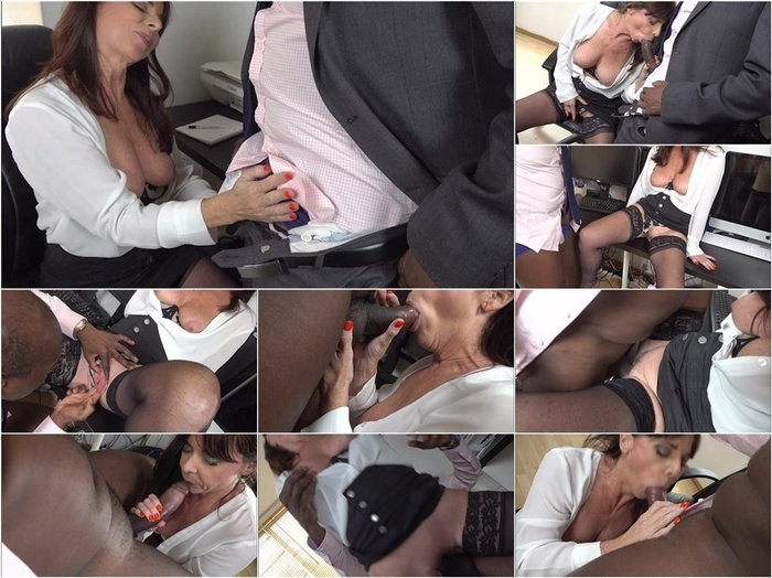 ManyVids presents b1ackwood – Slutty MILF Secretary fucks black boss