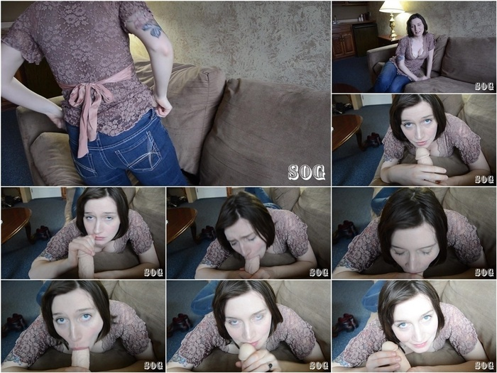 ManyVids presents Bettie Bondage in Mom Models Jeans for You