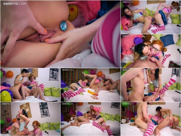 SweetyX presents Lilu Moon & Kira Roller – Sex Doll